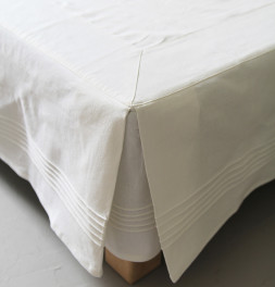 Cache-sommier chambray blanc Sylvie Thiriez