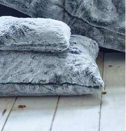 Housse coussin fausse fourrure Grand Froid